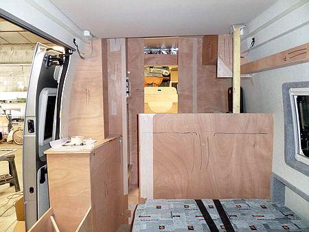 l 39 am nagement d 39 un fourgon en camping car. Black Bedroom Furniture Sets. Home Design Ideas